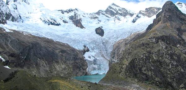 Arhuay_Glacier