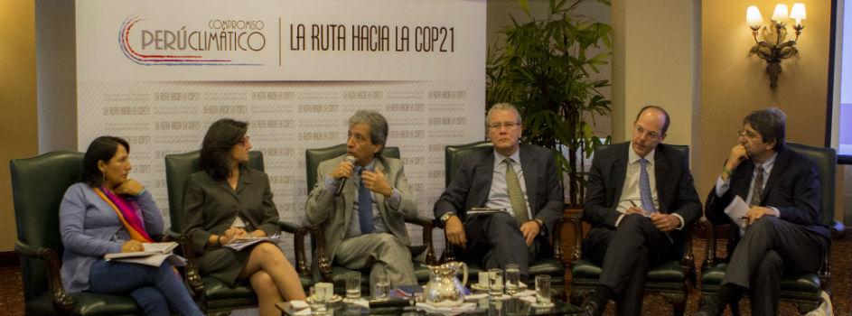 Panel sobre los Roles y Retos del Perú en la ruta hacia la COP21 cierra la Semana del Compromiso Climático