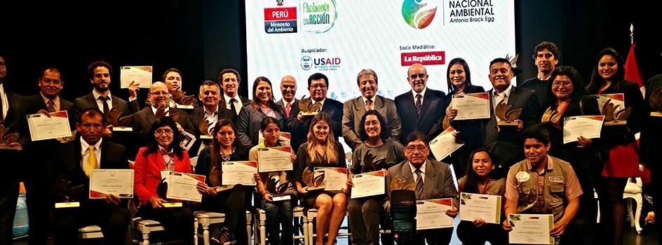 Hoy se entregó el Premio Nacional Ambiental 2015 a personajes que trabajan por el mejor desempeño ambiental en el Perú