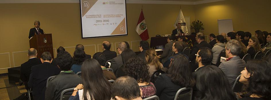 Conoce los nuevos Informes Sectoriales sobre la gestión en la conservación de bosques en el Perú y la lucha por la legalidad en la actividad minera