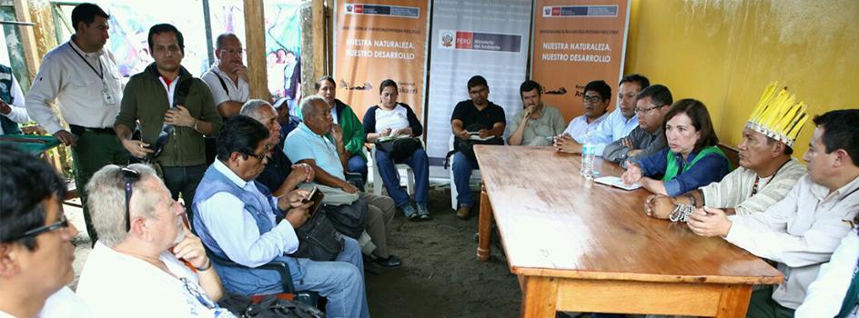 Ministra del Ambiente se reunió con mineros en proceso de formalización de la zona colindante a la Reserva Comunal Amarakaeri