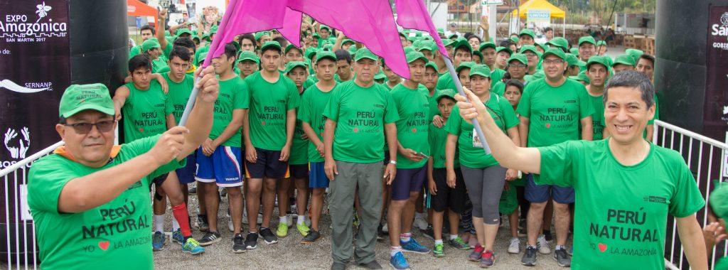 """Más de 290 personas participaron en la carrera 6K """"Yo Amo la Amazonía"""" en Moyombamba"""